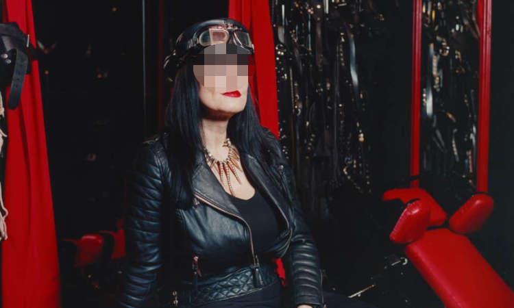 mistress carla milano
